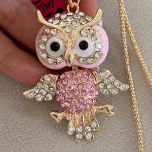 Betsey Johnson Crystals cute pink owl necklace NWT